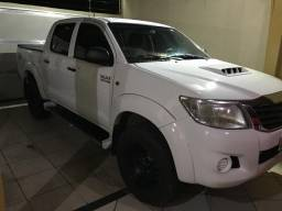 Toyota Hilux Standart - 2015