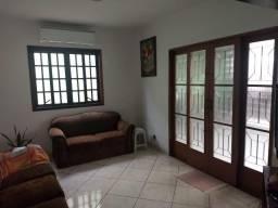 Casa térrea - Flor do Vale - 4 dormitórios sendo 1 suíte - ar condicionado