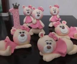 Decoração para bolo, tema Princesa Ursa feita de Biscuit
