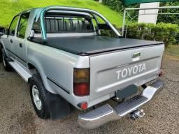 Toyota Hilux 2005 3.0 SRV 4X2 - 2005