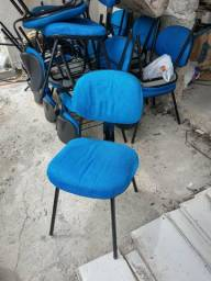 Cadeiras universitárias ou para escritório