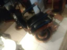 Cadeira barbeiro Ferrante preta linda