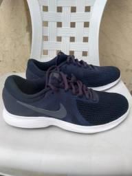 Tênis Nike Revolution Número 39