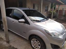 Vendo Ford Fiests Sedan 1.6