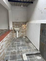 Alugo casa de vila em Jacarepagua/ Tanque de 1 quarto