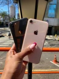 Esperando você iPhone 8 gold 64 gb