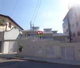 Linda casa geminada de 03 quartos no Itapoã!