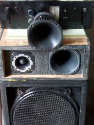 Amplificador,com caixa 2 cornetas,1boca de 15polegadas,e um super twiti