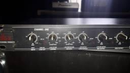 Crossover - Limitador DBX 234 - EUA