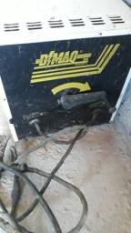 Máquina de solda Dimaq 200 reais