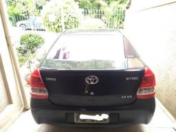 Toyota Etios sedan 1.5 2013
