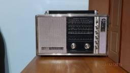 Rádio Sanyo TransWorld - Novissimo!