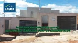 Casa com 02 qtos no Residencial Laranjeiras