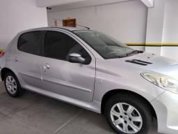 Peugeot 207 - ótimo estado