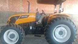 Trator A800R de 80cv