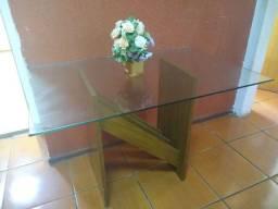 Mesa com tampo vidro temperado