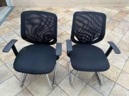 Par de cadeira de escritório