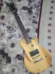 Guitarra elétrica Tagima linha striberg estilo baiano