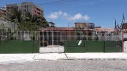 Casa 360m² na Jatiúca com 3 quartos + DCE por R$650mil!!!!