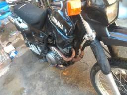 Troco XT600 E por moto de menor cilindrada