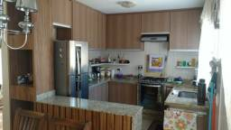 Vendo casa no Condomínio Vila Verde