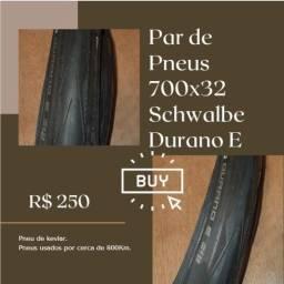 Par de Pneus 700x32 Schwalbe Durano E