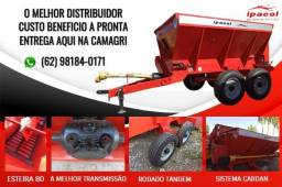 Distribuidor de adubos e calcário da DSE 5.500 KG 80 cm Esteira