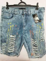 Bermuda jeans masculina.