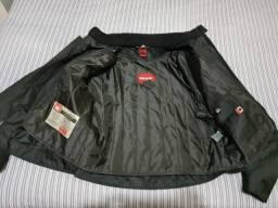 Jaqueta de motoqueiro feminina