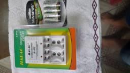 Pilhas recarregáveis com carregador zerados