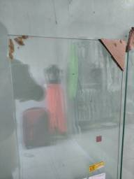 Prateleiras de vidro nova