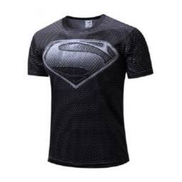 Vendo Camisa Superman Preta snyde cut, tamanho (M)