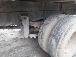 Caminhão wv 14 140 1987.