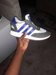 Adidas original!!
