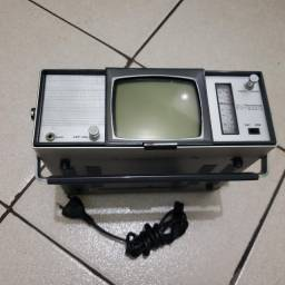 tv antiga preto e branca 5 polegadas crown ctv 10 .Transistor tv e mw/sw 2 band radio