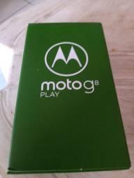 Embalagem Moto G8 com fone carregador manual