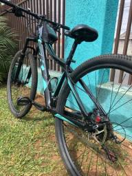 Bicicleta/ bike quadro 15,5 aro 29 freio hidráulico