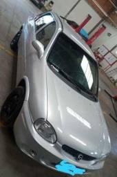 Corsa Sedan Millenium 1.0 2001