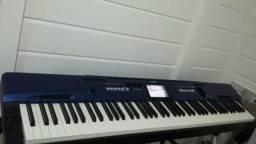 Piano Digital Privia PX560M Touchscreem