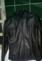Jaqueta feminina em couro legítimo cor preto