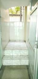 Apartamento dois quartos, térreo, na Noemia Nunes - Olaria