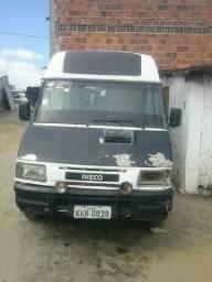 Micro Onibus Iveco Fratello 2001 e Iveco Darly 2003 - 2003
