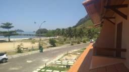 Imobiliária Nova Aliança!!!! Linda Casa Duplex de Frente para o Mar no Pontal de Muriqui