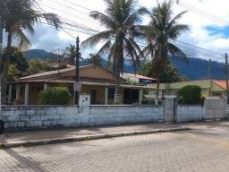 Excelente casa linear com 04 quartos próximo Praia do saco em Mangaratiba