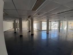 Loja Costa Azul com 460m2** Garagens, Deposito, Copa, Banheiros, Escritório, etc