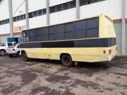 Vendo micro ônibus 608