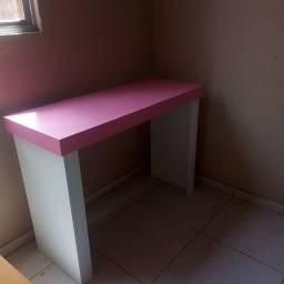 Escrivania pronta entrega por 130
