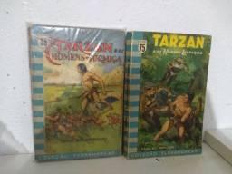 Livros antigos do Tarzan.