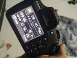 Câmera Canon T5 Em Estado De Nova