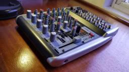 Mesa de som Behringer QX-1002 USB (Produto está impecável!!!)